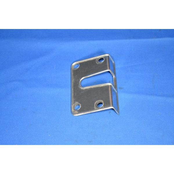 Habillage inox gache de porte g maserati ghibli antares for Habillage encadrement de porte