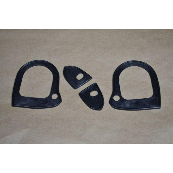 Set joints de poignee porte exterieur mustang 65 66 69 for Poignee de porte exterieur